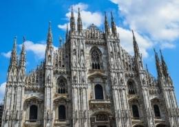 Milano non si ferma (ma con responsabilità)